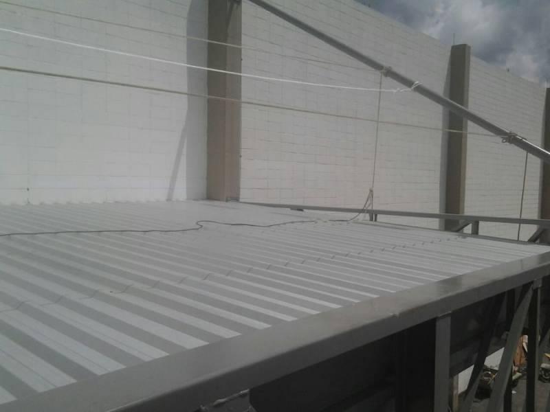 Cobertura Metálica para Garagem Preço Residencial Shangrilá - Cobertura Metálica Deslizante