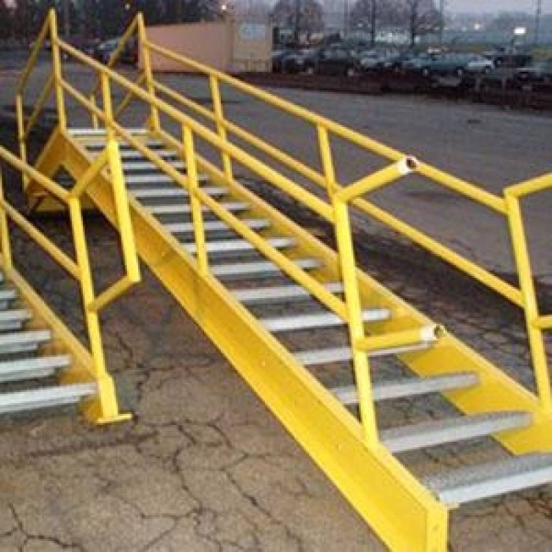 Escadas Industriais Caracol Terminal Intermodal de Cargas - Escada Helicoidal Industrial
