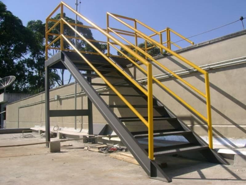 Escadas Industriais com Plataforma Vila Emi - Escada de Aço Industrial