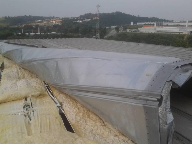 Instalação de Cobertura Metálica Acústica Vila Janete - Cobertura Metálica com Isolamento