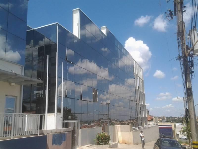 Instalação de Cobertura Metálica Deslizante Vila Bourbon - Cobertura Metálica Acústica