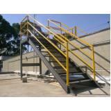 escadas industriais com plataforma Dom Pedro
