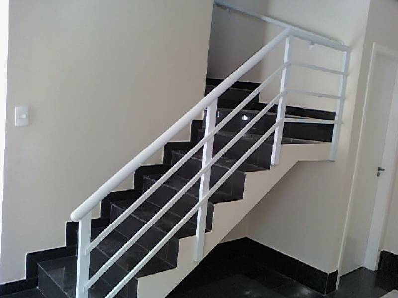 Venda de Escada de Aço Industrial Nova Sousas - Escada Marinheiro Industrial